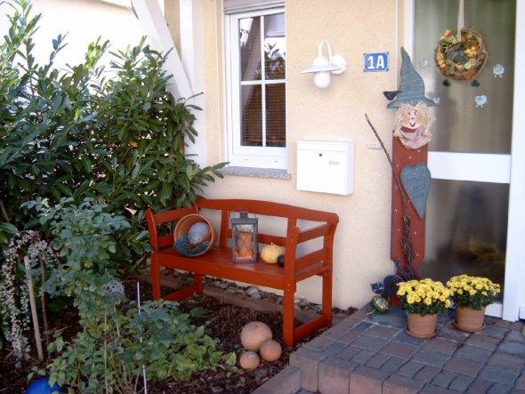 Hausfassade au enansichten 39 hauseingang 39 hier f hl ich mich zuhause zimmerschau - Herbstdeko hauseingang ...