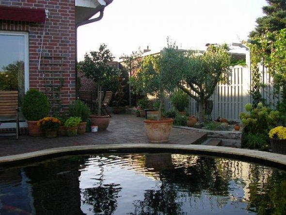 Wenn ich hier liege dann kommt Urlaubsfeeling auf...und mein Garten wirkt garnicht so klein !!