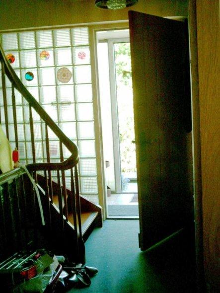 Flur/Diele 'Diele mit Treppe vorher'