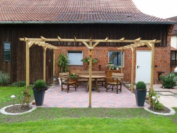 Garten 'Vorher-Nacher Pergola'