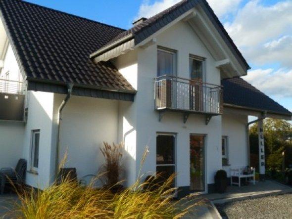 Hausfassade / Außenansichten 'Unser Haus...'