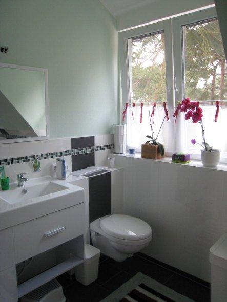 Bad 39 badezimmer 39 unser altes neues haus zimmerschau for Badezimmer sachen