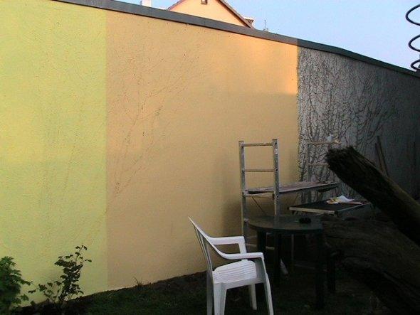 Ein wenig Farbe an die Wand...und schnell noch ein Bild gemalt.