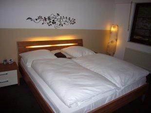 Schlafzimmer in neuen Farben