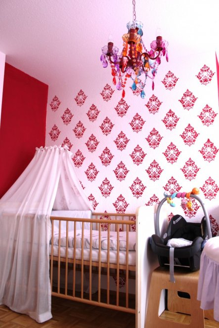 Kinderzimmer 'Das Reich unserer Prinzessin...'