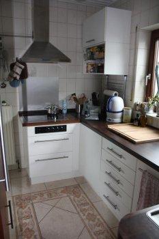 Küche mit Sockel