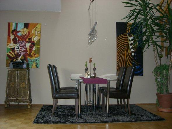 wohnzimmer 39 der essbereich im wohnzimmer 39 mein wohnbereich zimmerschau. Black Bedroom Furniture Sets. Home Design Ideas