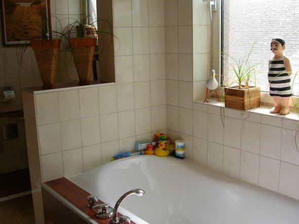 bad 39 badezimmer 39 chill out zimmerschau. Black Bedroom Furniture Sets. Home Design Ideas