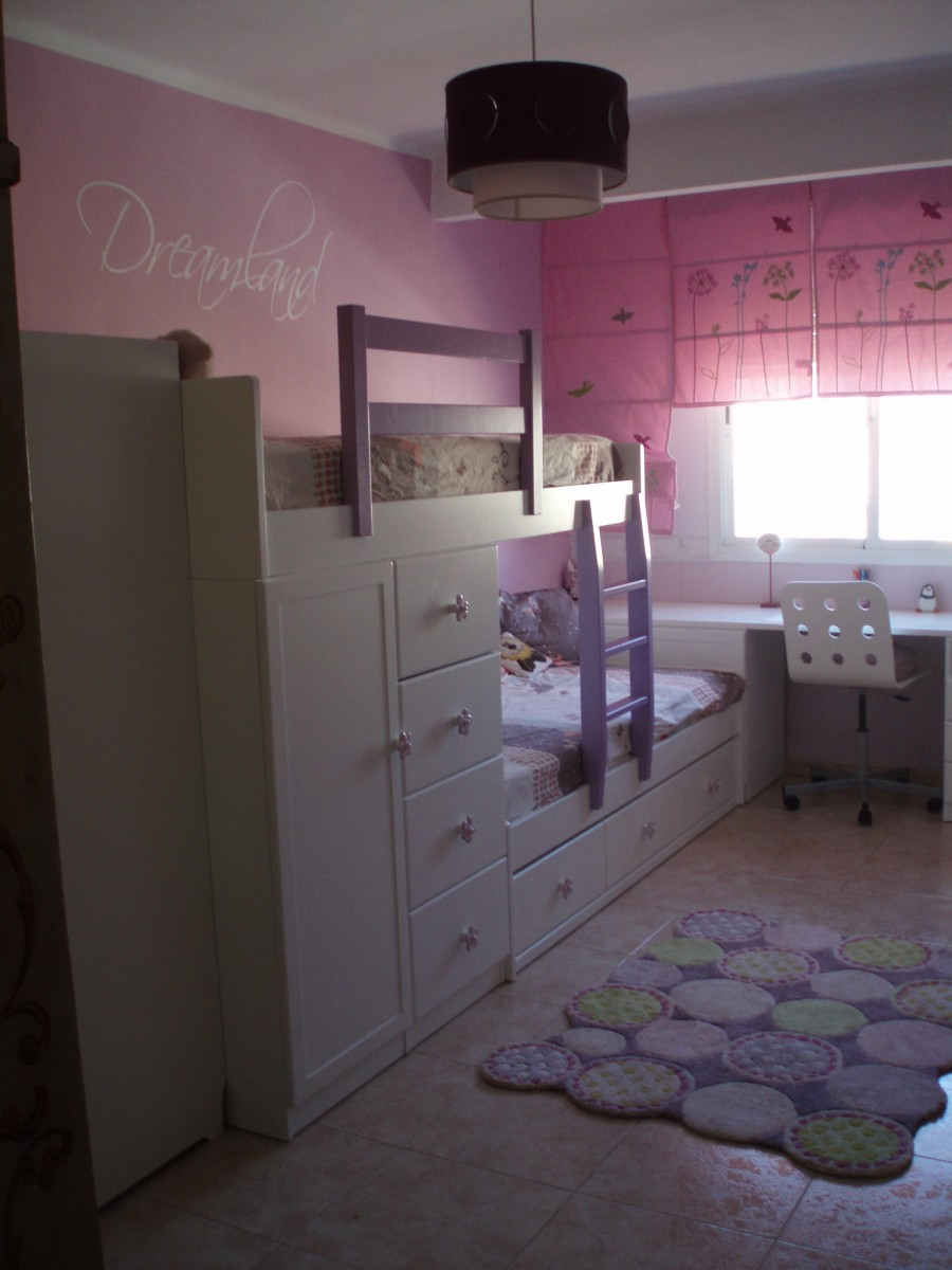kinderzimmer 39 neues zwillingszimmer 39 wohnung palma. Black Bedroom Furniture Sets. Home Design Ideas