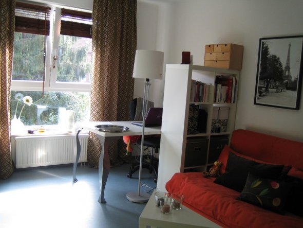wohnzimmer 39 wohnen schlafen arbeiten 39 meine erste eigene wohnung zimmerschau. Black Bedroom Furniture Sets. Home Design Ideas