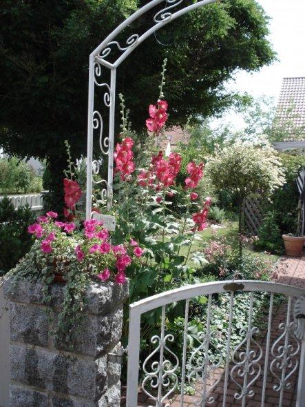 Garten 'Herzlich willkommen'