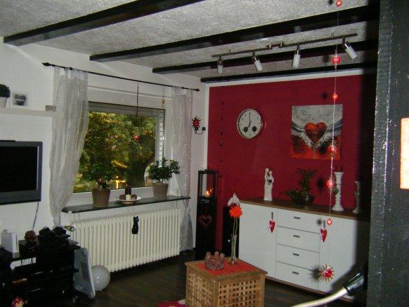 design : wohnzimmer schwarz rot ~ inspirierende bilder von, Modern Dekoo