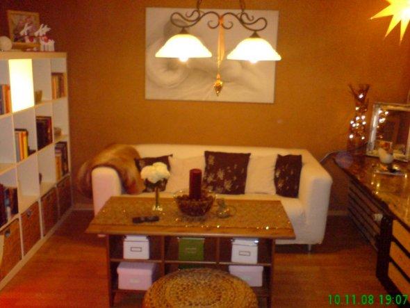 wohnzimmer 39 wohn und schlafzimmer herbst winter 39 home sweet home zimmerschau. Black Bedroom Furniture Sets. Home Design Ideas