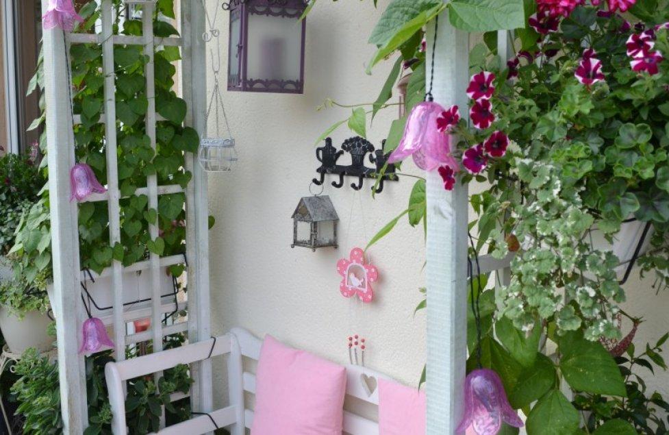 """Balkon """"sickly-sweet"""" von Deuti"""