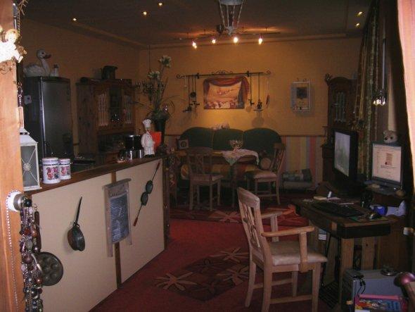 alle sitzmbel in einem raum bild wohnzimmer erschrecken bilder wohnzimmer mehrteilig - Bild Wohnzimmer Erschrecken