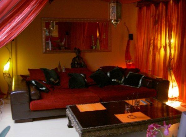 wohnzimmer 39 orientalischer traum 39 tr umerei unterm dach zimmerschau. Black Bedroom Furniture Sets. Home Design Ideas