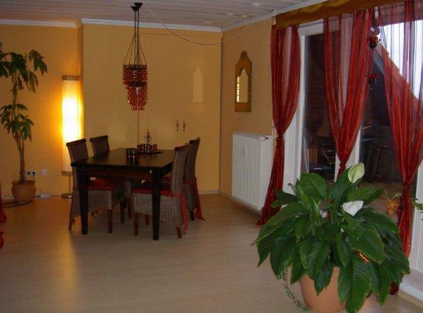 Wohnzimmer 39 orientalischer traum 39 tr umerei unterm dach - Traum wohnzimmer ...