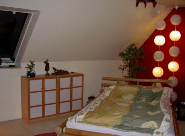schlafzimmer 39 oase der ruhe 39 tr umerei unterm dach zimmerschau. Black Bedroom Furniture Sets. Home Design Ideas