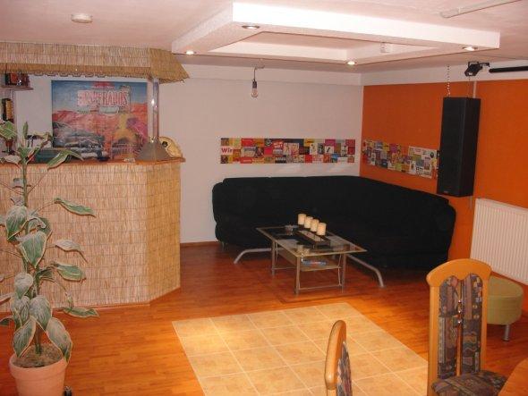 hobbyraum 39 partyraum 39 hh91 zimmerschau. Black Bedroom Furniture Sets. Home Design Ideas