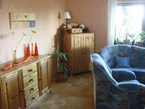 Wohnzimmer-Ausschnitt Sideboard/Eckschrank, Couch
