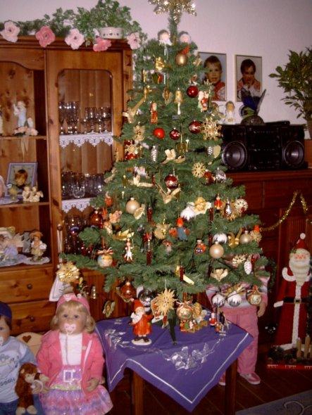 weihnachtsdeko 39 weihnachten zu hause 39 mein domizil zimmerschau. Black Bedroom Furniture Sets. Home Design Ideas