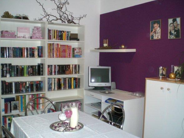 wohnzimmer 39 lila wei 39 mein domizil zimmerschau. Black Bedroom Furniture Sets. Home Design Ideas