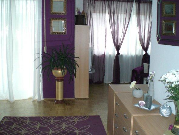 wohnzimmer 'lila/weiß' - mein domizil - zimmerschau - Wohnzimmer Violett Braun