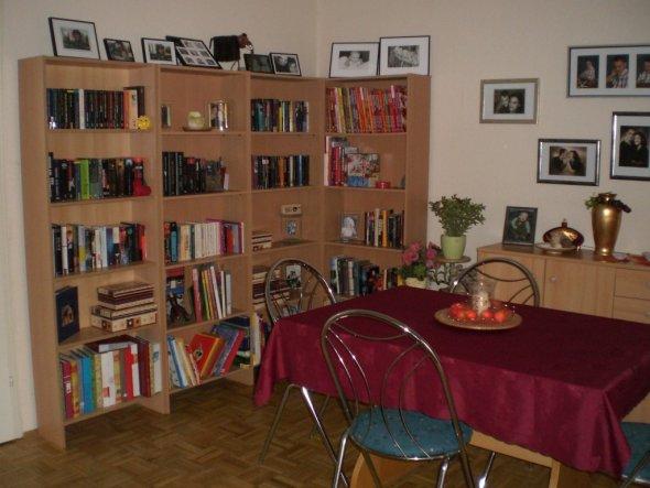 wohnzimmer lila weis dekoration inspiration innenraum