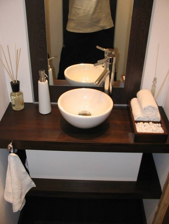 bad 39 g ste wc 39 meine h tte zimmerschau. Black Bedroom Furniture Sets. Home Design Ideas