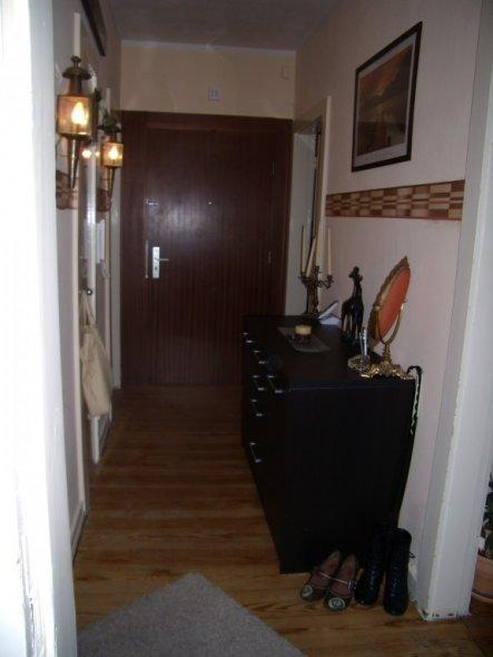 flur diele 39 mein fl r 39 meine kleine wohnung zimmerschau. Black Bedroom Furniture Sets. Home Design Ideas