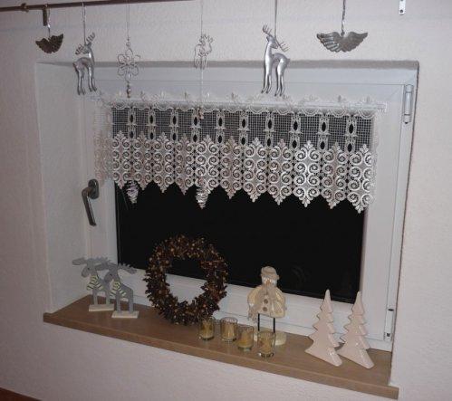 weihnachtsdeko 39 weihnachtsdeko im treppenhaus 39 wohnen. Black Bedroom Furniture Sets. Home Design Ideas