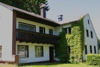 Hausfassade / Außenansichten 'Unser neues (altes) Haus'