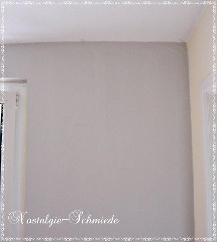 Hier sieht man nochmal die fast fertige Wand - ehemals rot, jetzt grau ;-)
