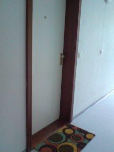 Kein Raum - nur die Tür