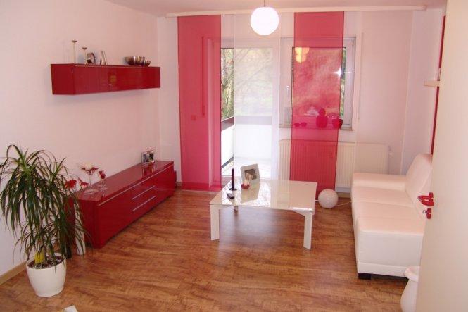 wohnzimmer 39 meine erste eigene wohnung 1 zi wohnung 39 unsere kleine wohnung zimmerschau. Black Bedroom Furniture Sets. Home Design Ideas