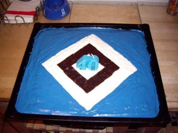 Den Kuchen hat unsere große Tochter für ihren Papa gebacken.