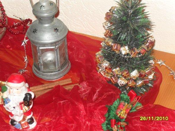 Weihnachtsdeko 'X-Mas im Flur'