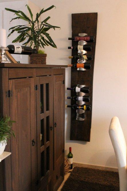 Unser selbstgebautes Weinregal...