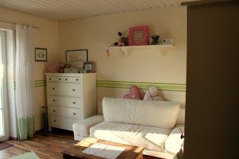 Arbeitszimmer / Büro 'Bastel-, Näh- und Gästezimmer'