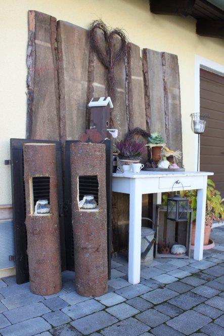 Hausfassade / Außenansichten 'Vorgarten und Ostansicht'