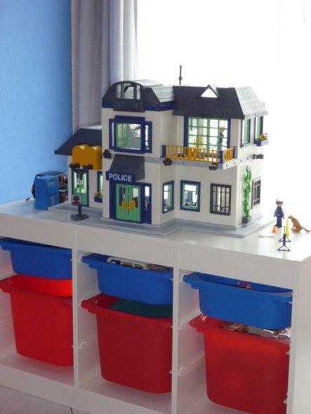 Kinderzimmer Blau Rot cooles jungenzimmer in marinerot Kinderzimmer Cars Zimmer