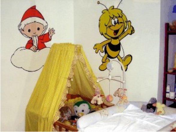 Bilder an die Wand malen mit Ranni-Wandpause