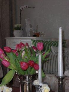 Wohnzimmer zur Frühlingszeit