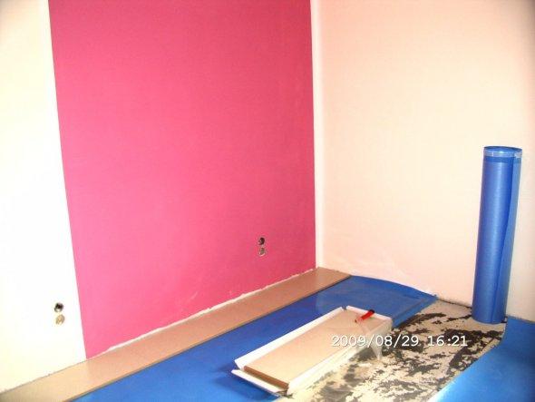 Hier Mal Ein Kleiner Einblick Unserer Renovierarbeiten In Norau0027s Zimmer.  Pink Und Beige An Den