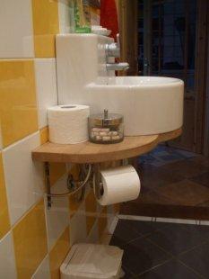 bad g ste wc landhaus von tanuhaus 5392 gaeste wc zimmerschau. Black Bedroom Furniture Sets. Home Design Ideas