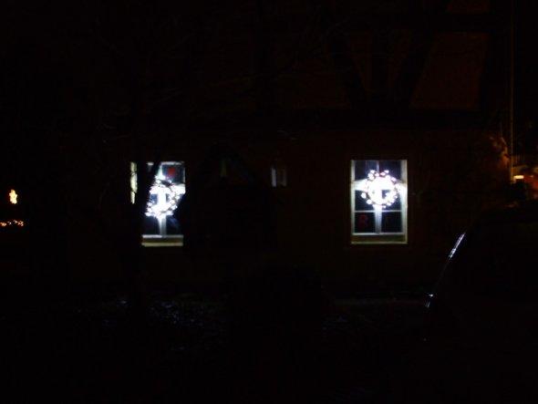 Weihnachtsdeko 'Es weihnachtet das Landhaus auch draußen'
