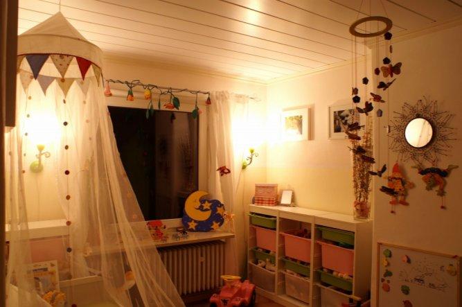 Kinderzimmer 39 annas zimmer 39 unser zuhause zimmerschau - Weihnachtsdeko kinderzimmer ...