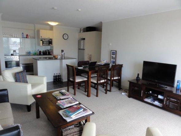Bersicht Ber Das Wohn Esszimmer Offen In Die Kche Wohnzimmer Gestalten Kleiner Raum