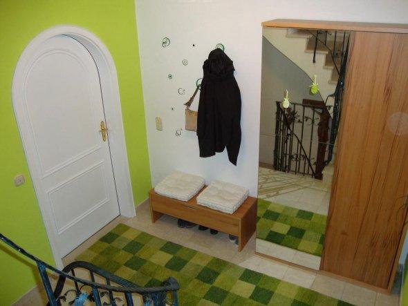 flur diele 39 windfang 39 unser kunterbuntes reich zimmerschau. Black Bedroom Furniture Sets. Home Design Ideas