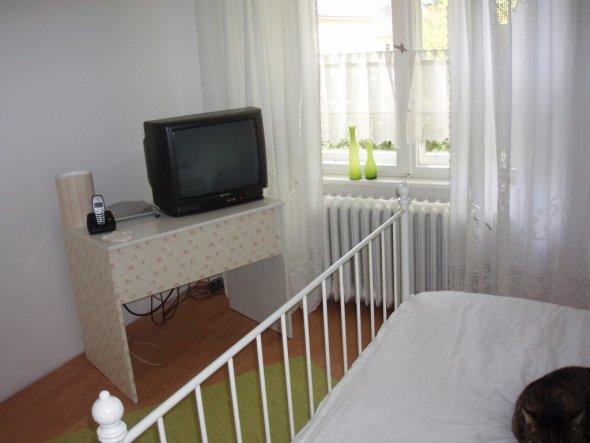Mein erster Fernseher im Schlafzimmer...hatte ich bisher noch nie ;-))